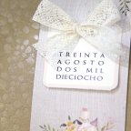 Invito a nozze fiori e fiocco in pizzo, card Cardnovel 39224