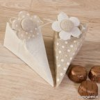 Caja-pirámide topos/liso con pinza flor con 4 bombones