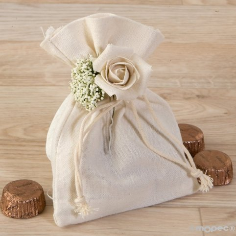 Cotton bag with floral bouquet and 4 chocolates