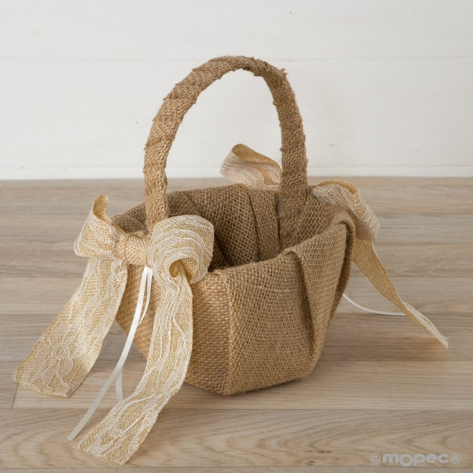 Rustic arras basket with beige ribbon of blondea