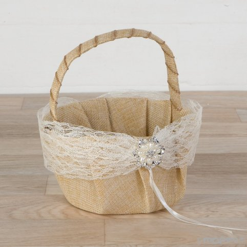 Basket arras burlap with blonde and pearl brooch