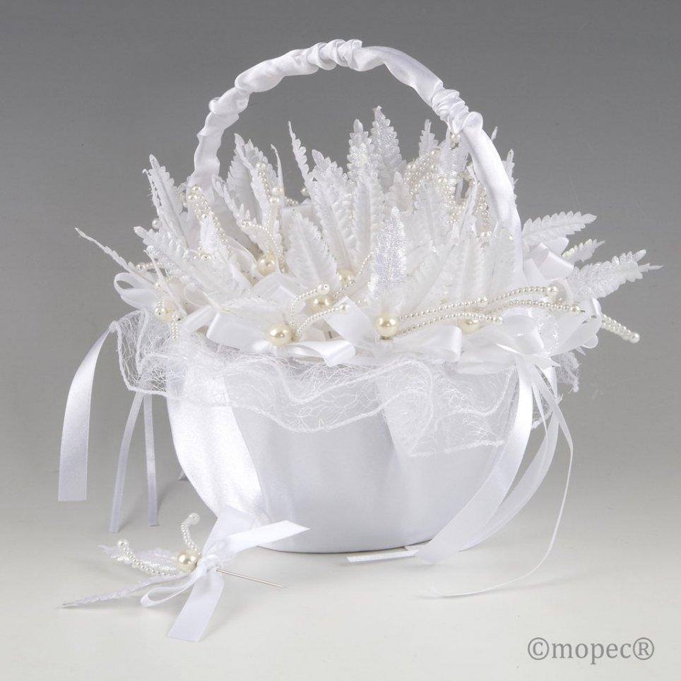Cestino in tulle bianco su foglia di perla
