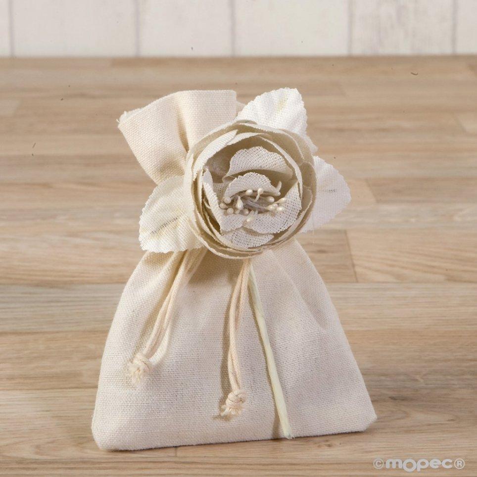 Fiore di cotone avorio con 3 cioccolatini
