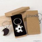 Llavero abridor pelota fútbol en caja regalo decorada
