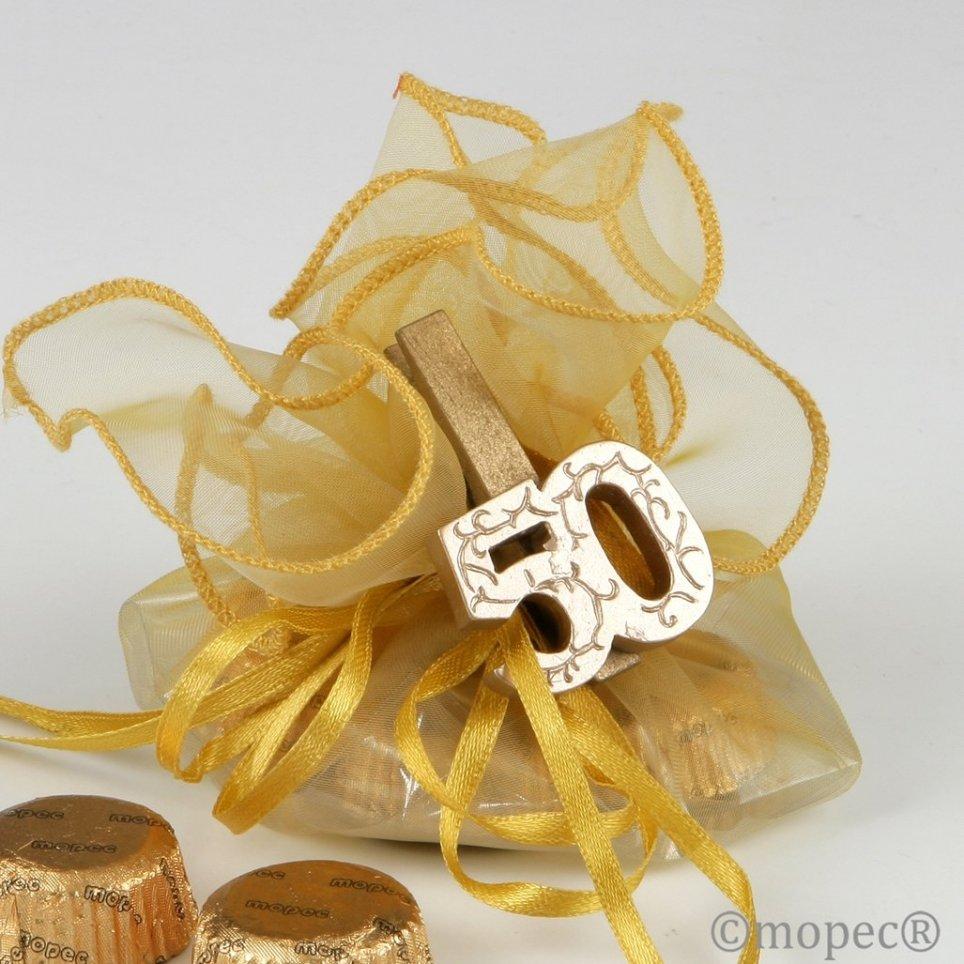 Pinza madera dorada 50 aniversario con 4 torinos