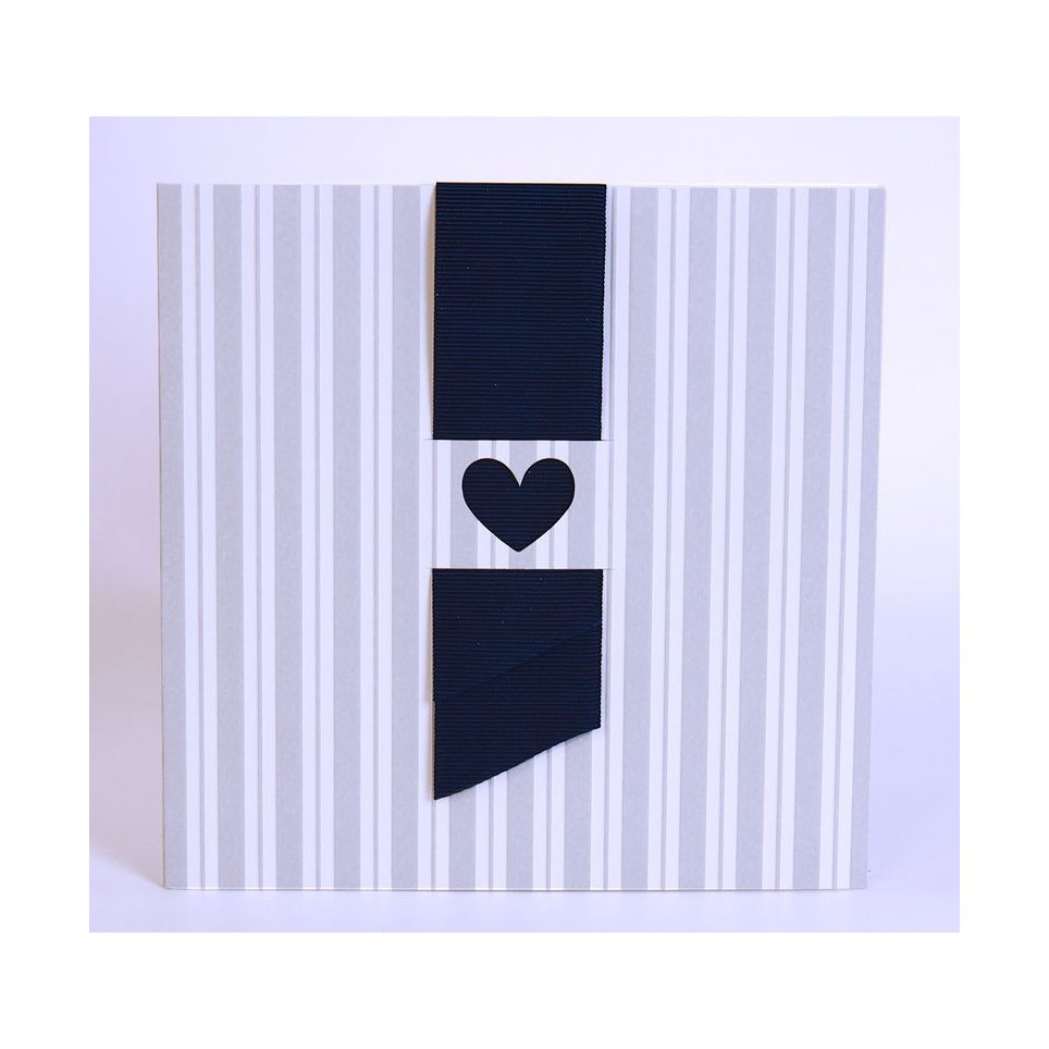 100,723 Edima Heart Wedding Invitation