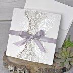 Invitación de boda tríptico floral Cardnovel 39340 cerrada