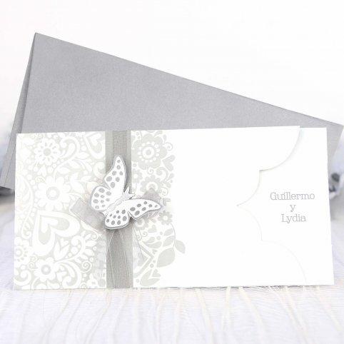 Invitación de boda mariposa plata Cardnovel 39222