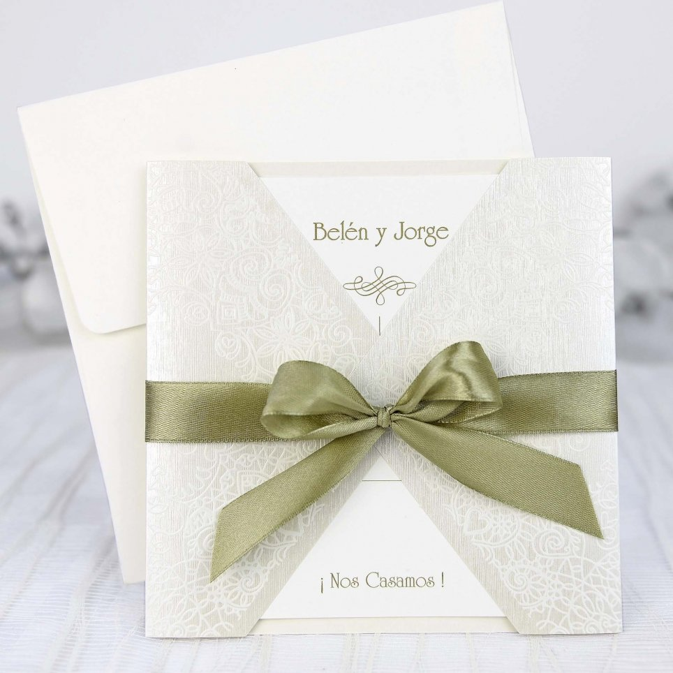 Grüne Schleife der Hochzeitseinladung Cardnovel 39221