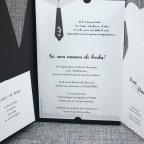 Invitación de boda trajes novios Belarto 726024 texto