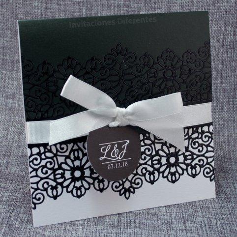 Black and White Wedding Invitation Belarto 726045
