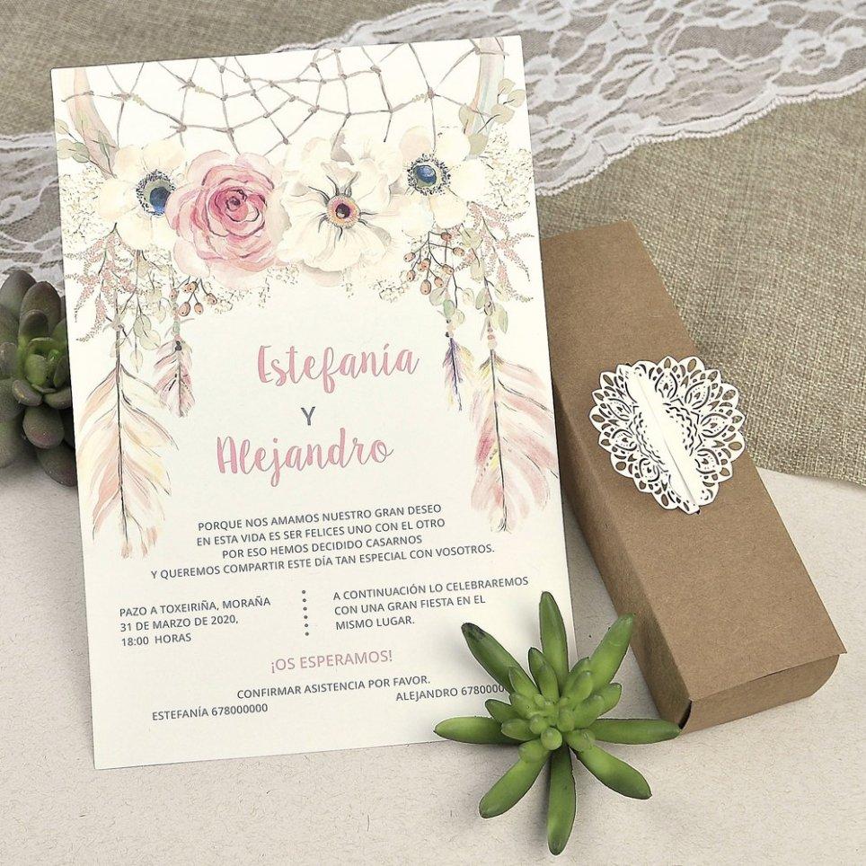 Dettagli fustellati della scatola degli inviti di nozze Cardnovel 39608