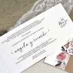 Invitación de boda mariposa y flores Cardnovel 39611 abierta