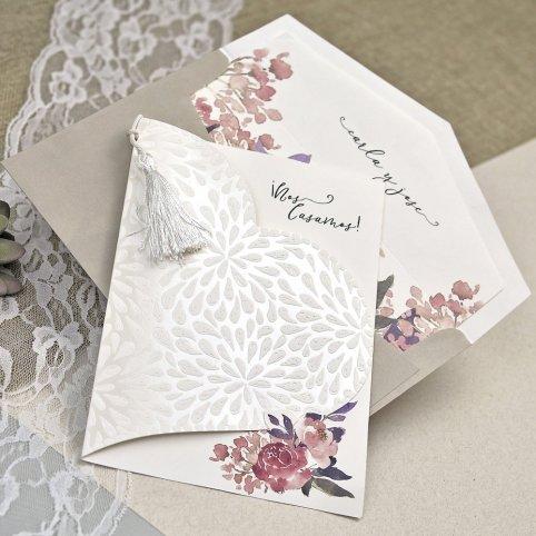 39612 Petal Heart Wedding Invitation Cardnovel