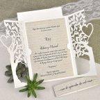 Invitación de boda árbol con corazón Cardnovel 39616 abierta