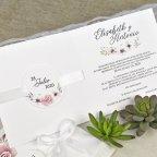 Invitación de boda rosas y pétalos relieve Cardnovel 39632 interior