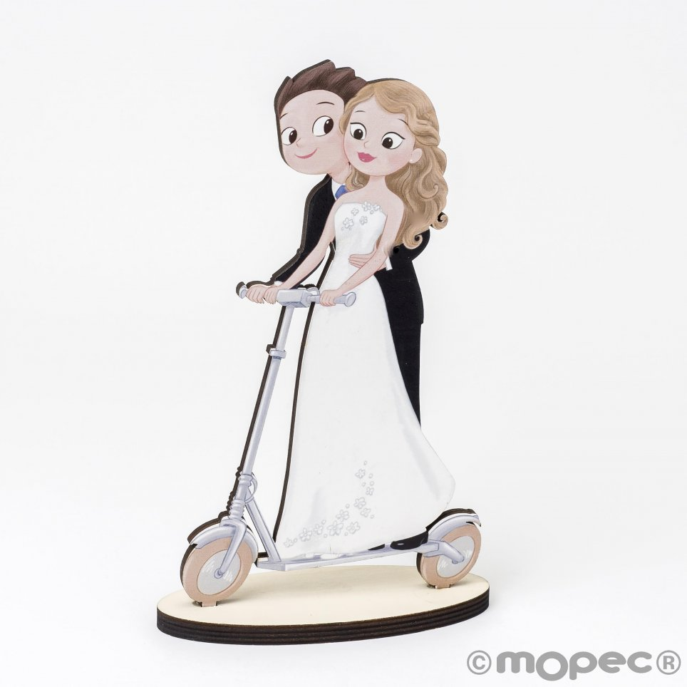 Wooden figure boyfriends electric scooter Pop&Fun 19cm.