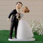 Figura torta sposa e sposo bacio
