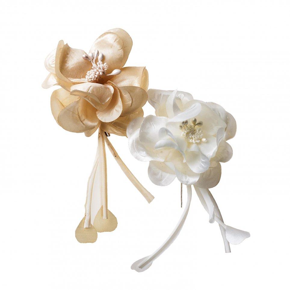 Broche flor marfil/beige 17cm.