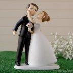 Figur Kuchen Braut und Bräutigam Kuss