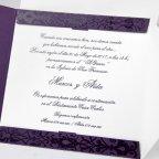 Hochzeitseinladung auf lila Cardnovel 32812 Text