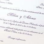 Invitación de boda clásica granate Cardnovel 32834 texto