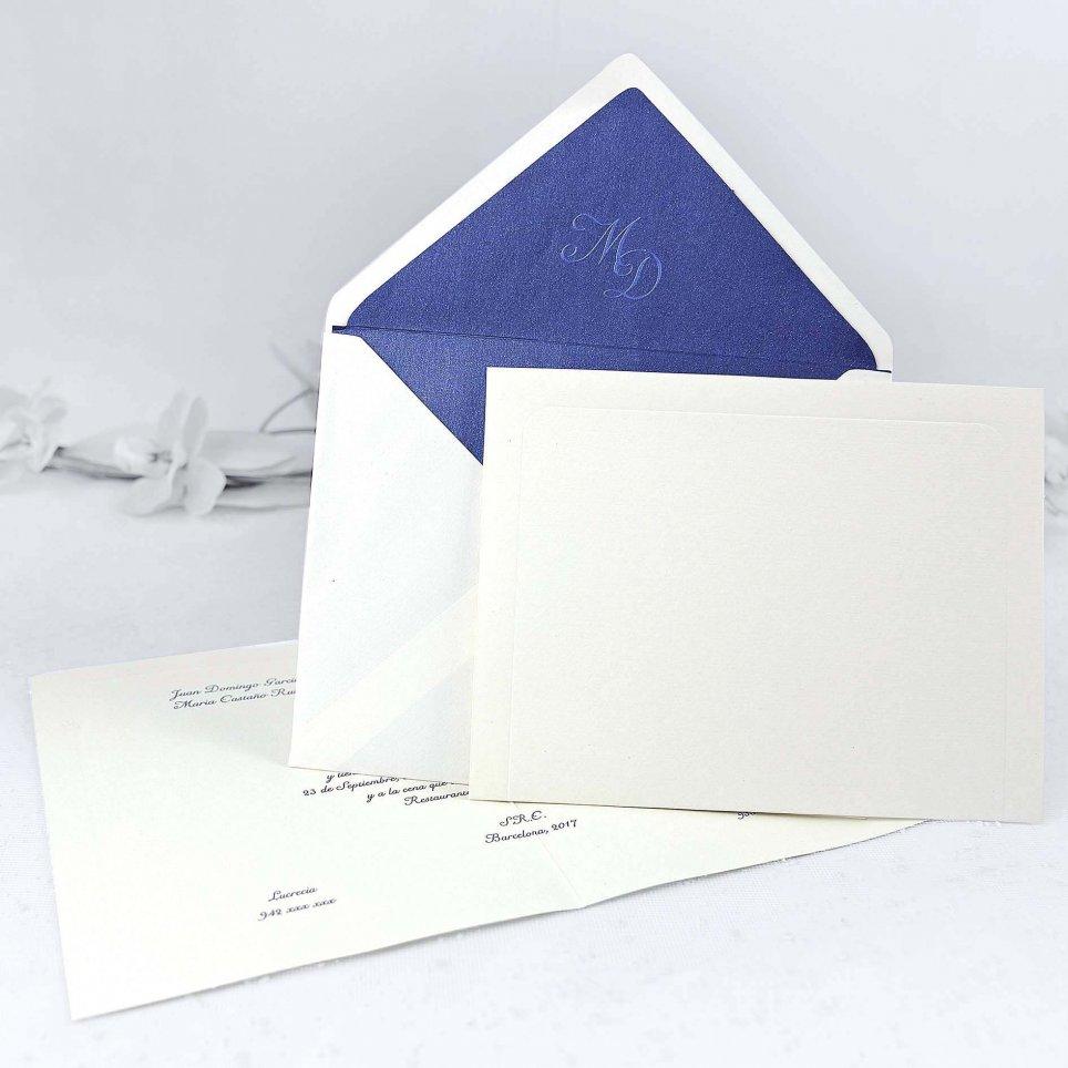 Klassische cremefarbene Hochzeitseinladung Cardnovel 32838
