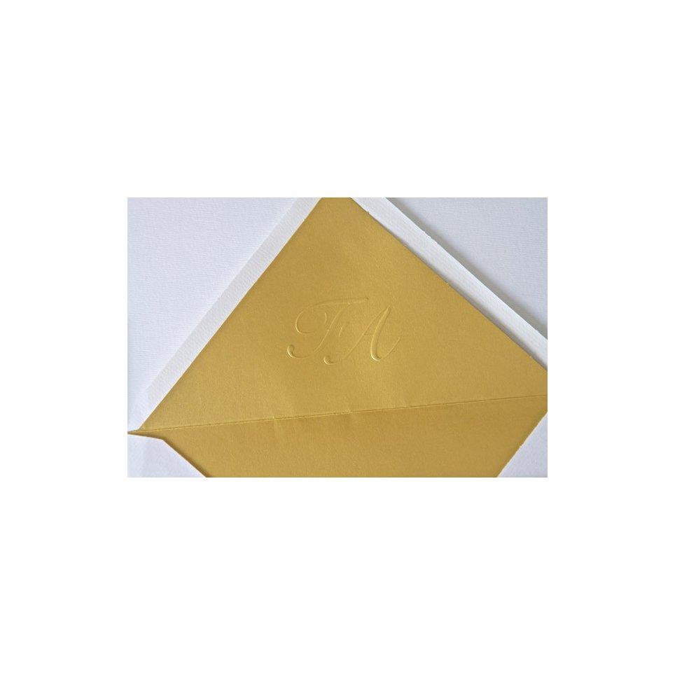 Druck von Initialen auf das Futter des Edima-Umschlags