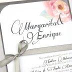 Invitación de boda rosas y lazo, Cardnovel 32627 detalle