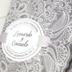 Invitación de boda sobre gris, Cardnovel 39231 detalle